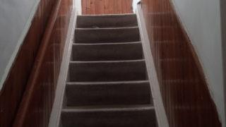 家の中の階段